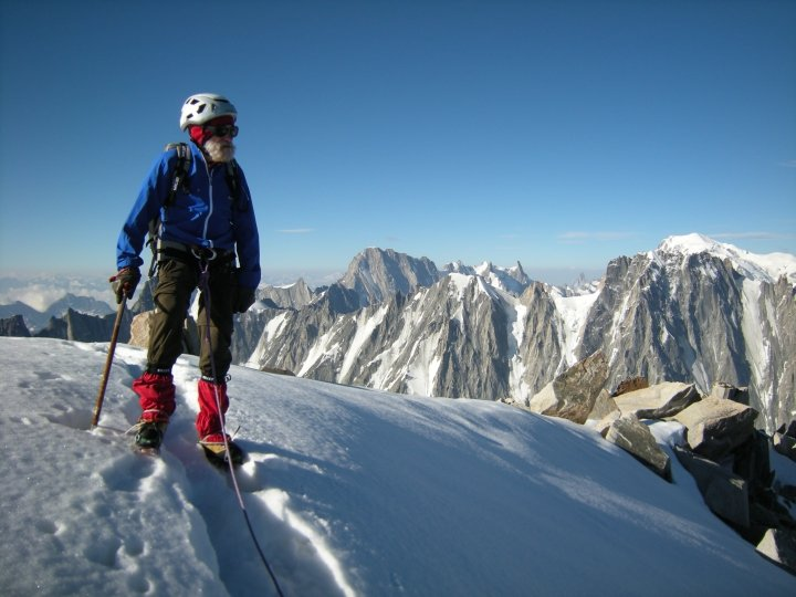 Au sommet de l'aiguille d'Argentire