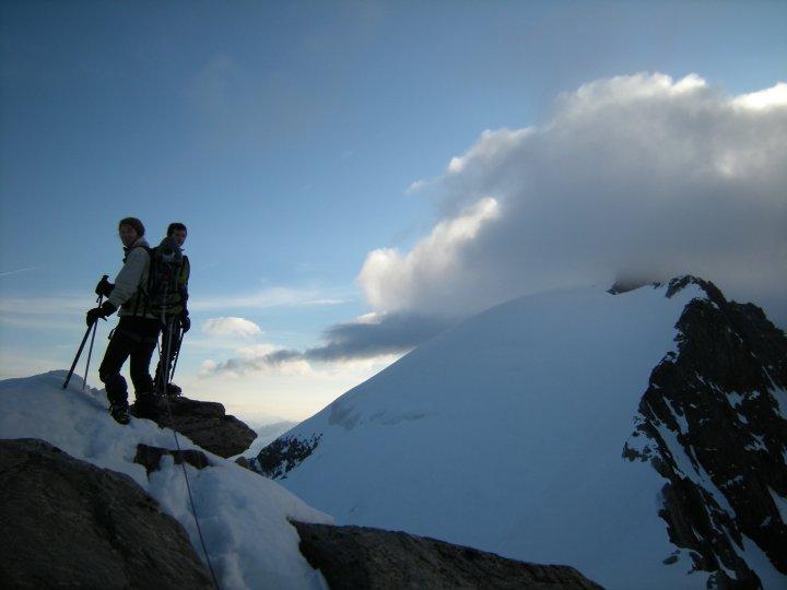 Au sommet de la Bérangère, la vue sur les Dômes de Miage