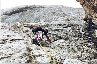 Benoît dans les Dolomites en escalade